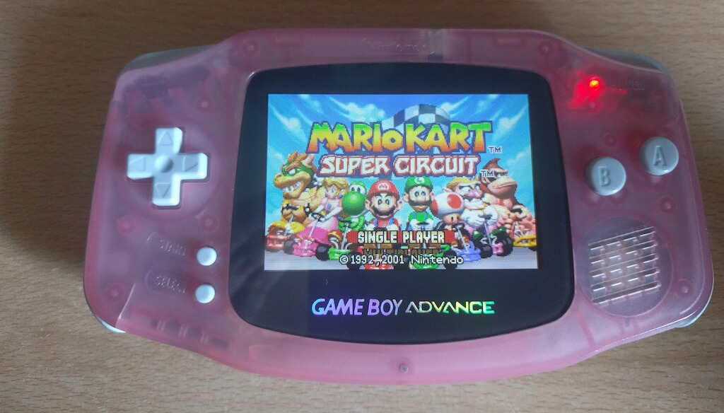 La Gameboy Advance definitiva (por delante)